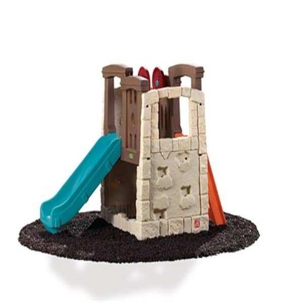 מבצר אבן עם מגלשה