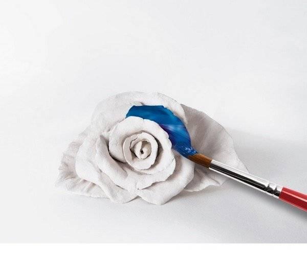 דאס לבן דוגמה פרח