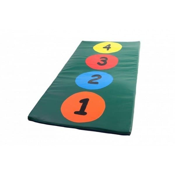 מזרן קפיצה עם מספרים ומשבצות