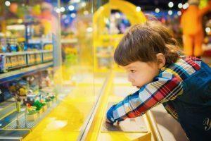 האם לקנות צעצועים באינטרנט